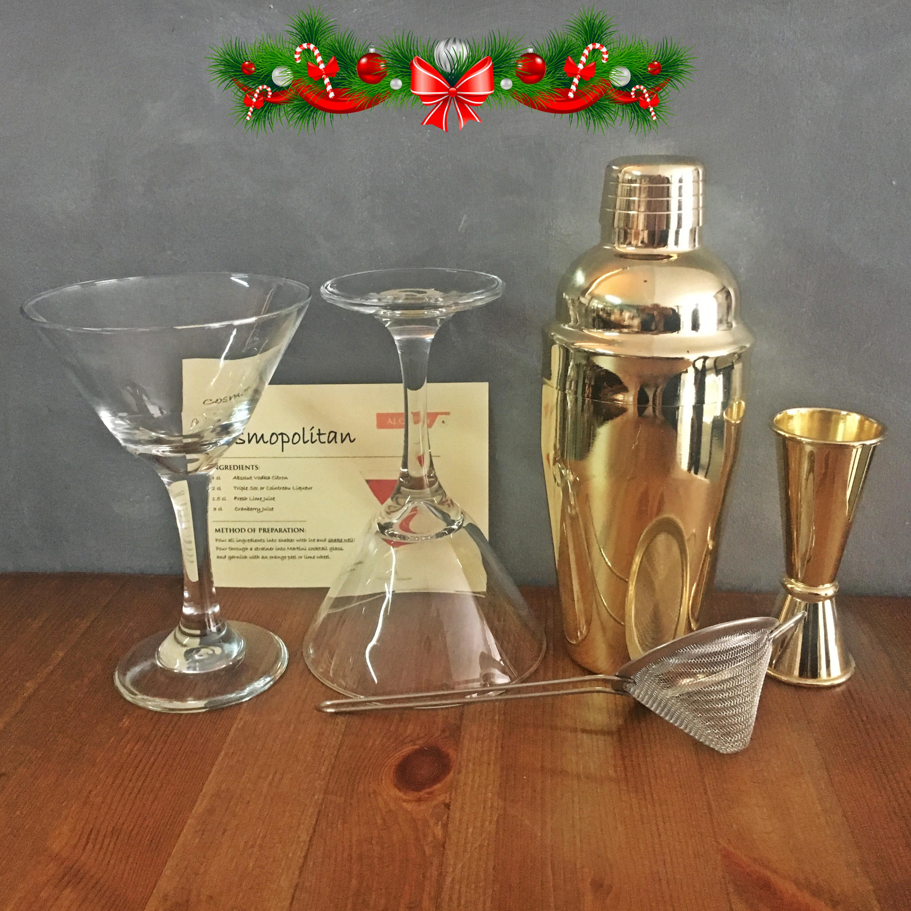 XMAS OFFER: Cosmopolitan Cocktail Gift Set / Gold